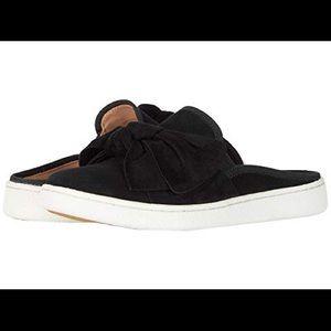 UGG♥️NEW♥️Luci Bow Black slip on size 9.5